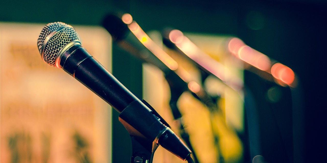 Speech Writing Microphones | Media Training Courses | Flasheforward